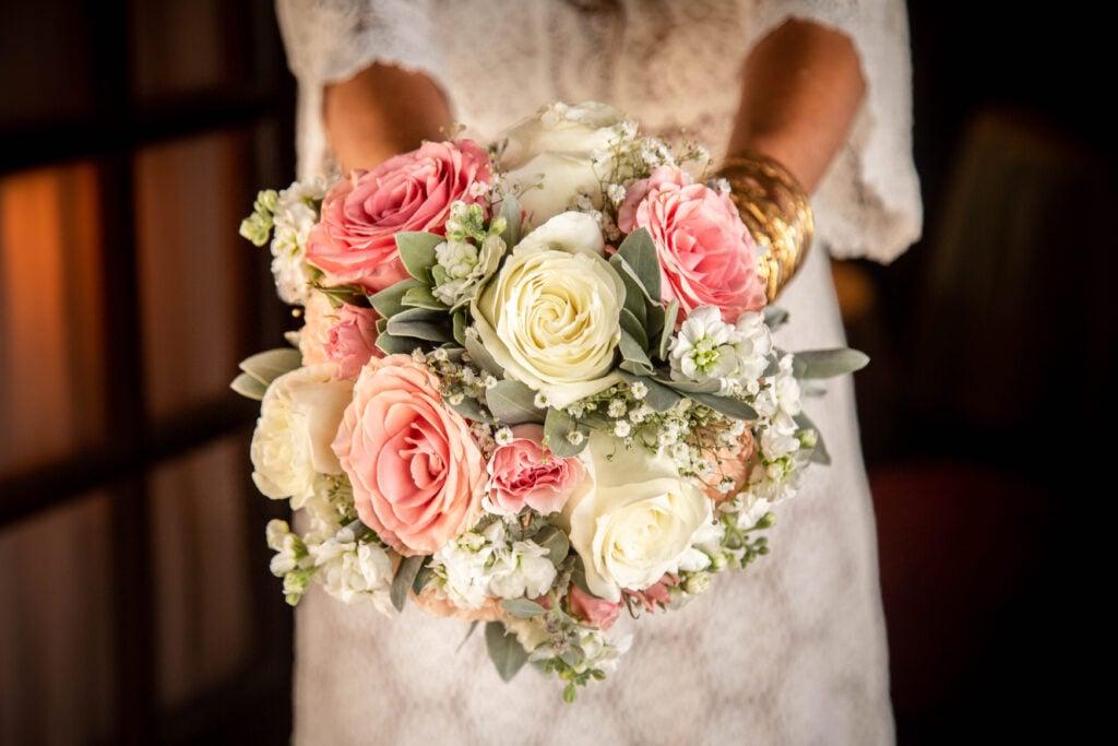Photographe mariage – Photographie – Lifestyle – Image de marque – Guadeloupe – Sp Photographie – accueil mariage – famille - mariage bouquet